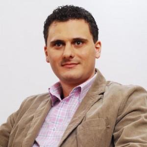 Robert Bucur1